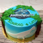 tort w stylu Jurassic World