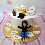 tort na urodziny dla kobiety o wielu zainteresowaniach
