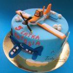 tort z samolotem Dusty i Skipper